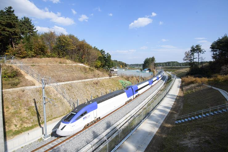 New S. Korean Technology Limits Tunnel Sonic Booms from Express Trains
