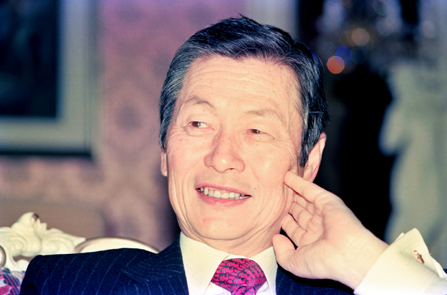 Lotte Group Founder Shin Kyuk-ho Dies at Age 99