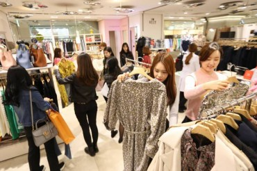 Fashion Industry Sees Increased Online Sales Due to Coronavirus