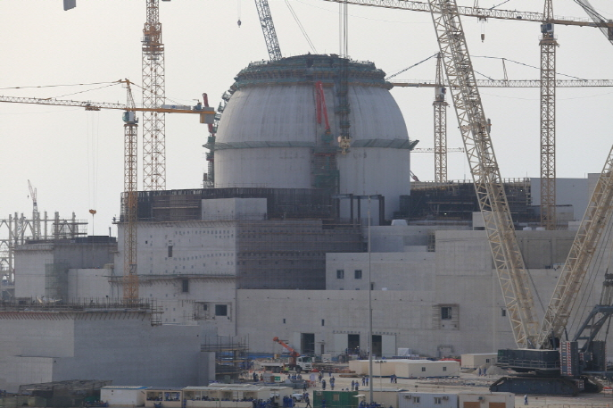 The construction site of the Barakah nuclear plant located 270 kilometers west of Abu Dhabi. (image: Korea Electric Power Corporation)