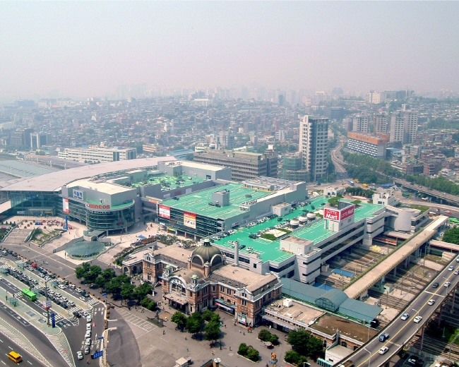 This photo, provided by Lotte Shopping Co., shows its hypermarket chain Lotte Mart outlet in central Seoul.