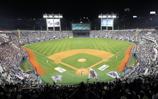 Preseason Baseball Games Wiped Out by Coronavirus