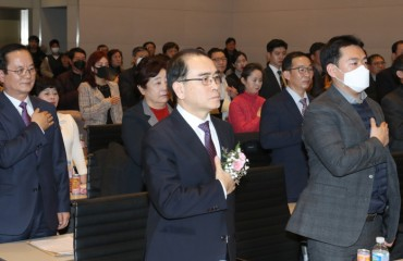 N.K. Defectors to Form First-ever Political Party Ahead of April Elections