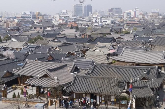 Hanok Village in Jeonju. (image: Pixabay)