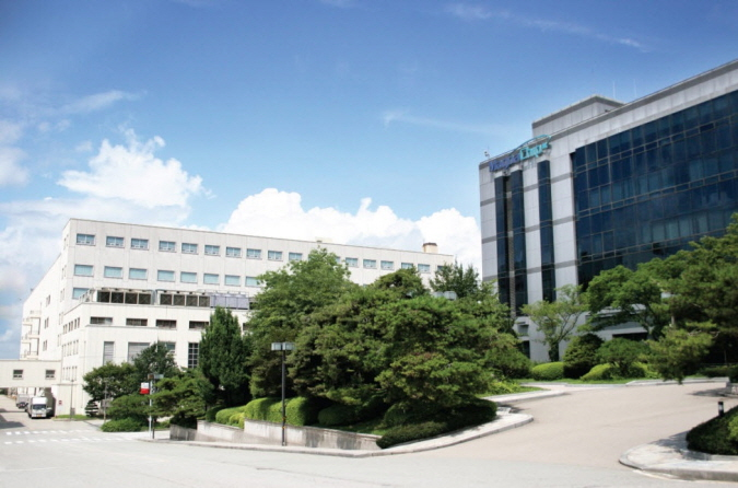 MagnaChip Semiconductor's headquarters in Cheongju, 140 kilometers south of Seoul. (image: MagnaChip)