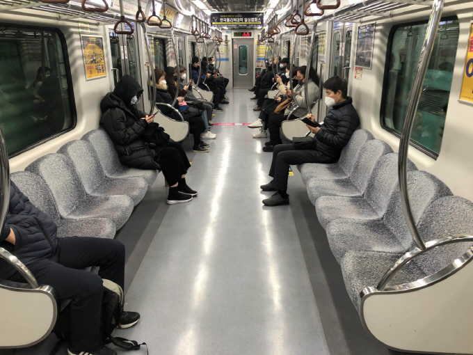 Empty Public Transportation 'Enjoyable' for Passengers