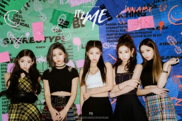 Chart-smashing Rookie Band ITZY Returns with New Album 'IT'z ME'
