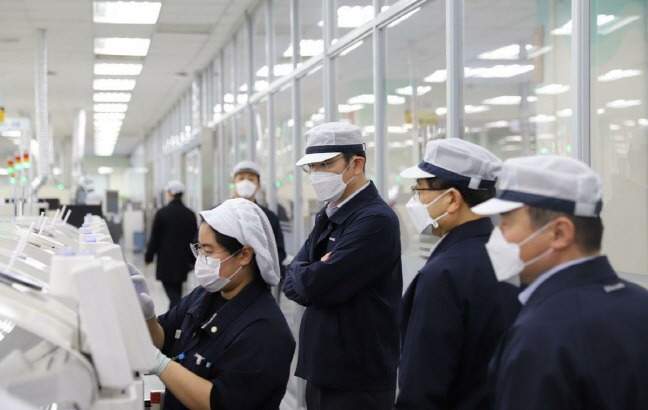 IPhone camera module supplier LG Innotek also closes down factory