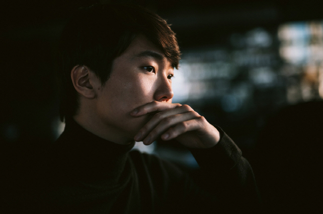 Pianist Cho Seong-jin's Upcoming Album 'The Wanderer' Reflects His Traveling Life