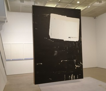 German Painter Ostrowski's Nihilistic Series Lands in S. Korea for 1st Solo Show
