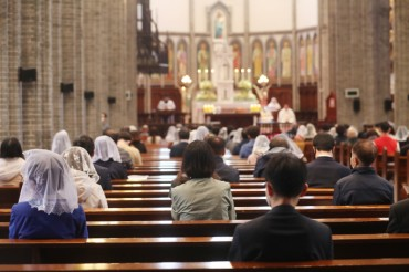 Number of Catholics Edges Up 0.8 pct in S. Korea in 2019
