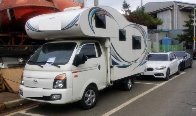 More South Koreans Tuning Cars for Camping Purposes