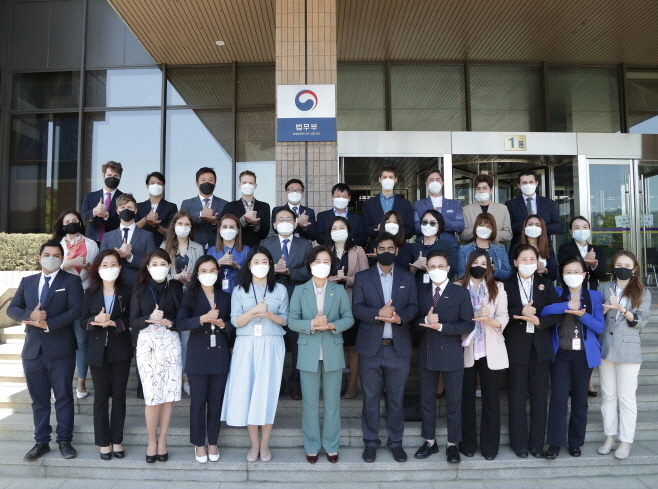 Foreign Mentors Club Established to Share Insight on Settling in S. Korea
