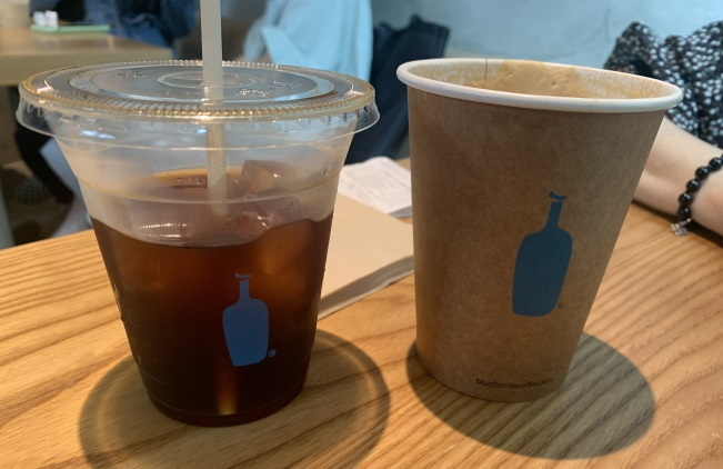 The coffee industry believes that Blue Bottle contributed to the popularization of specialty coffees, once popular only among coffee enthusiasts. (image: Korea Bizwire)