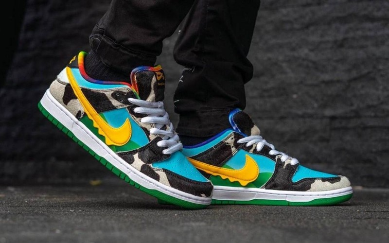 Reselling Sneakers a Gold Mine for Young Koreans