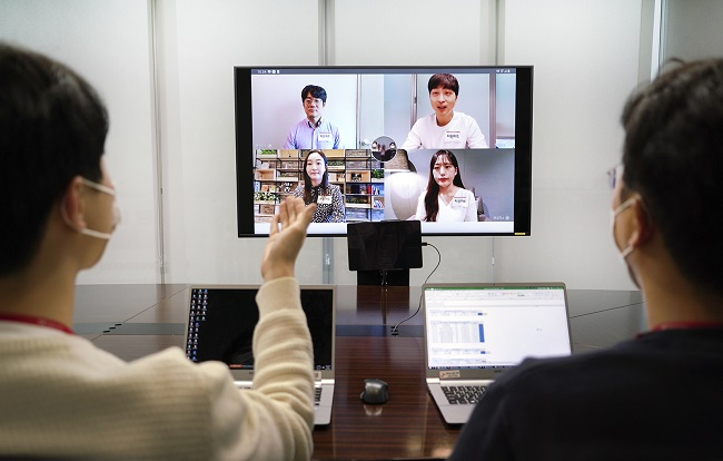 SK Telecom will use the company's own video conference solution to carry out the interviews. (image: SK Telecom)