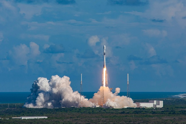 SpaceX put into orbit a military satellite