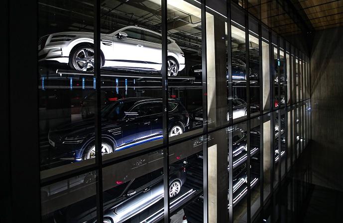 Hyundai Opens 3rd Genesis Exhibition Hall in S. Korea