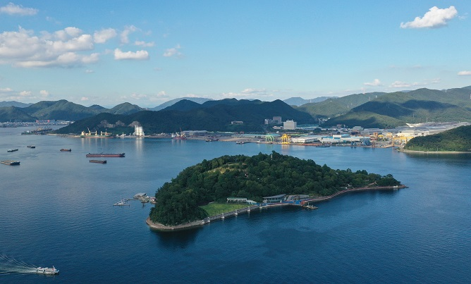 Dot island, one of several uninhabited islands in the southeastern city of Changwon. (Yonhap)