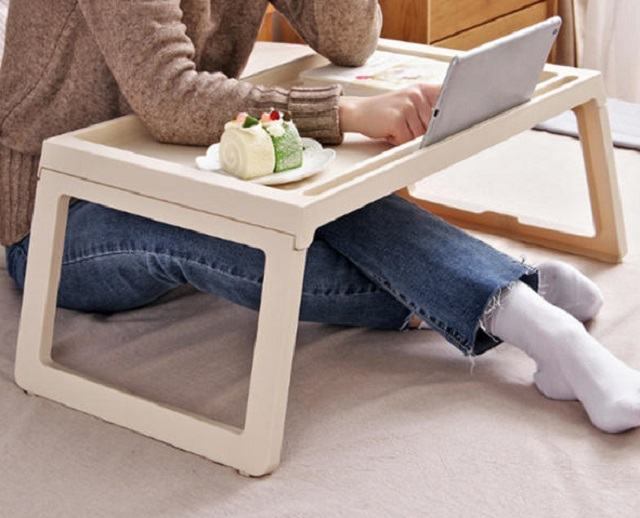 S. Koreans Transform Homes into Offices as Popularity of Telecommuting Grows