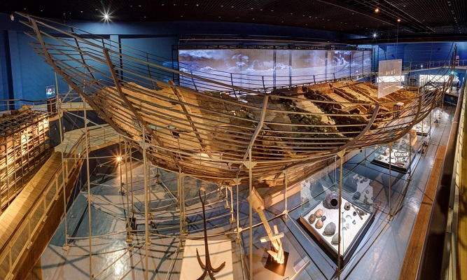 700 Year-old Sunken Treasure Ship Revealed Online