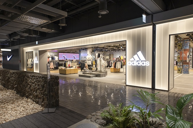 Department Stores Undergo Renovations to Attract Future VIP Shoppers