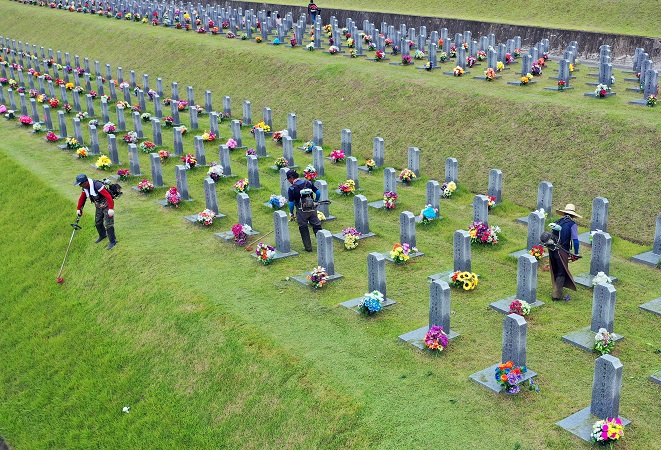 National Cemeteries to Close During Chuseok Holiday to Prevent Virus Spread
