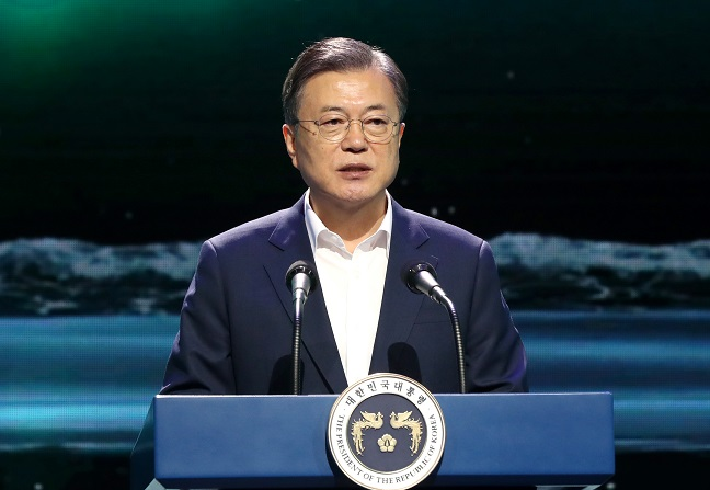 "President Moon Jae-in speaks at the culture ministry's ""Digital New Deal Cultural Content Industry Growth Strategy"" briefing held at the concert venue of Camp One in Gimpo, west of Seoul, on Sept. 24, 2020. (Yonhap)"
