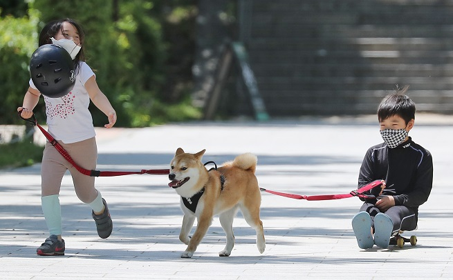 Anti-barking Devices Ignite Animal Abuse Controversy