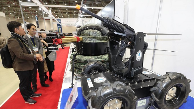 Various types of dronebots and advanced weaponry are displayed during a defense exhibition in Gumi, North Gyeongsang Province, on Oct. 31, 2019. (Yonhap)