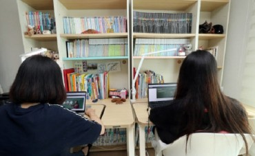 Students Taking Online Classes Easily Distracted by Other Content