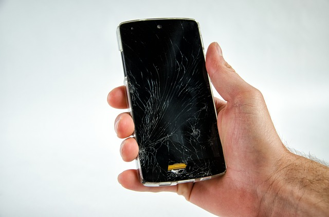 Transparent polyimide is frequently used for smartphone screen protection since it is transparent like glass and is strong. However, it is also vulnerable to scratches and cracks. (image: Pixabay)