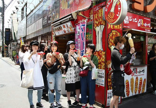 The Korean neighborhood in Shin Okubo, Tokyo. (Yonhap)