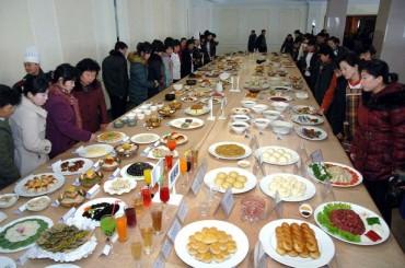 Food Volunteer Programs Help Pyongyang's Busy Households