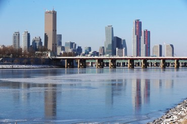 Seoul's Han River Freezes for 1st Time in 2 Years amid Prolonged Cold Wave