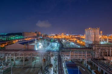 Hanwha Solutions Boosts Output of Eco-friendly Plasticizer