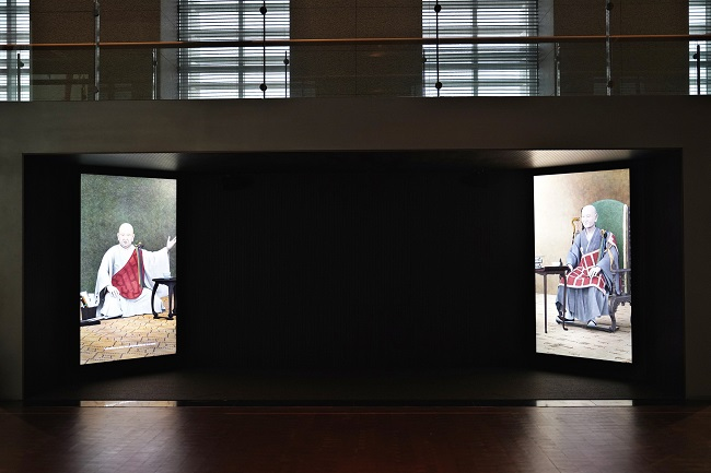 Paintings of Buddhist Monks Come Alive Through Media Art
