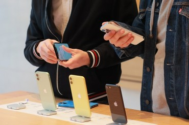 S. Koreans Spend More Time on Mobile Devices in 2020