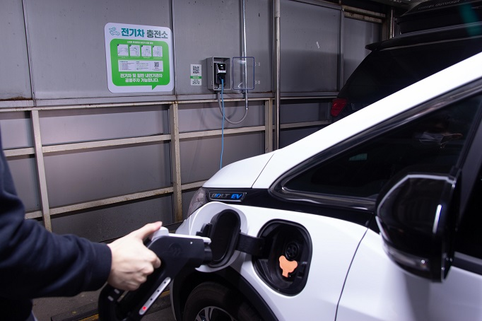 More EV Charging Stations Coming to New Apartment Complexes