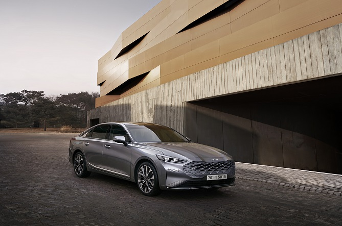 Kia Corp. reveals the exterior design of large sedan K8 in this photo provided by the company on Feb. 17, 2021.