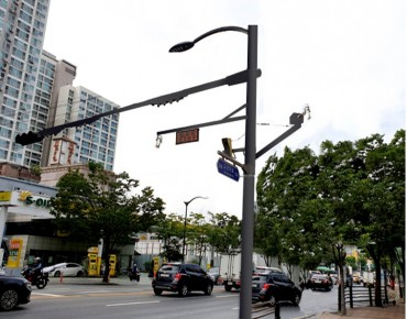 Seoul City to Set Up 'Smart Poles' to Replace Street Lamps, Traffic Lights, and CCTV