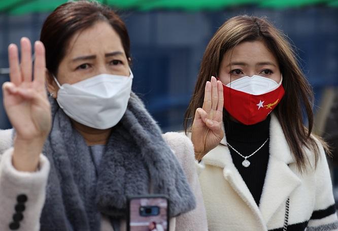 S. Korea to Ban Military Exports to Myanmar, Mulls Suspending Development Aid