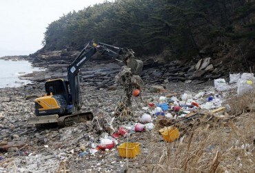 Marine Debris from China Swamps Taean Coast