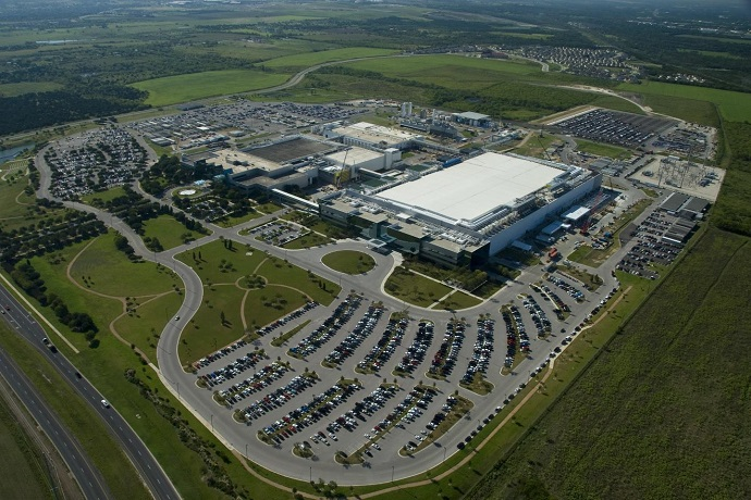 This photo provided by Samsung Electronics Co. on March 30, 2021, shows the company's chip manufacturing plant in Austin, Texas.
