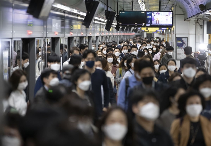 Gov't Launches Real-time Monitoring of Ultrafine Particulate Matter at Subway Stations
