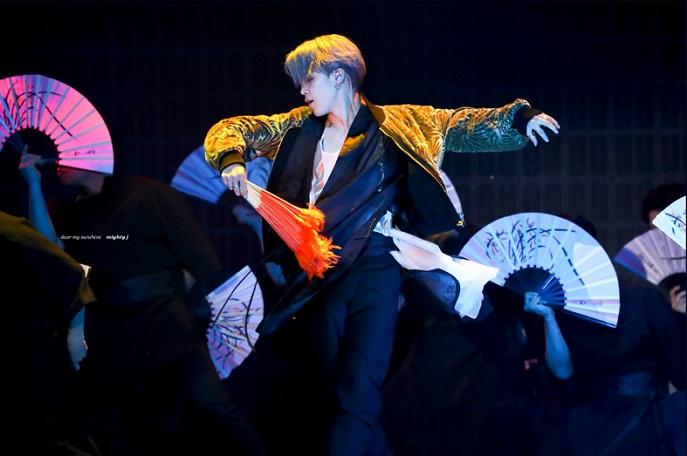 Seoul Exhibition Highlights 'Hanbok' in K-pop Scene