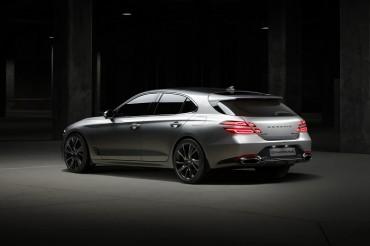 Hyundai Unveils G70 Customized Model for Europe