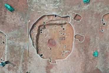 25 Neolithic Dwellings Discovered on Coast Northwest of Seoul