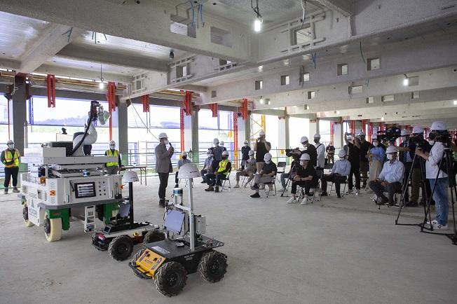 Hyundai E&C Introduces Unmanned Robots for Construction Sites