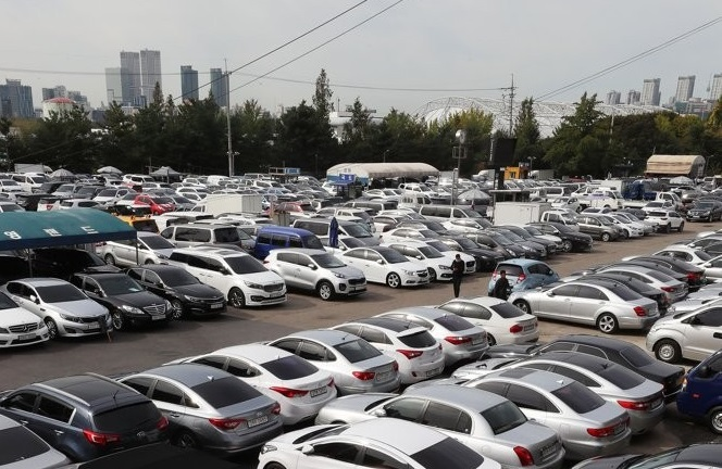Used Car Exports Soar amid Shortage of New Cars